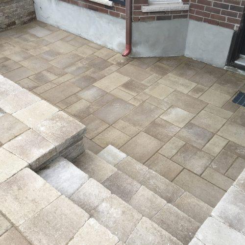 aménagement paysager d'escaliers et d'entrées pavé-unis Brossard